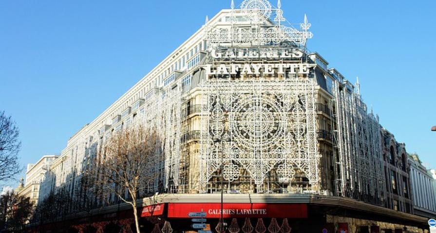 Celebrate fashion in Paris this summer!